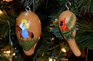 photo of Christmas ornaments made from gourds