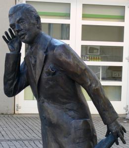 Listening statue