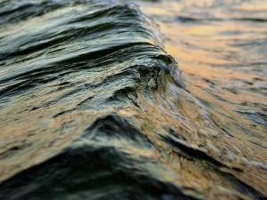 photo of rolling waves
