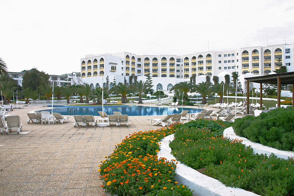 TUNISIA Hotel_Pool_(TONY HISGETT